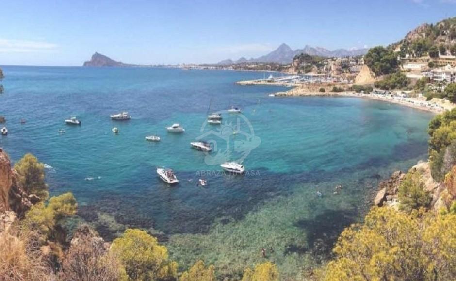 2020-03-12 14_01_58-Playa Mascarat Beach – ImmoService Spanje